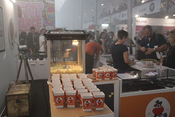 salon-vapexpo-paris-popcorn-guest