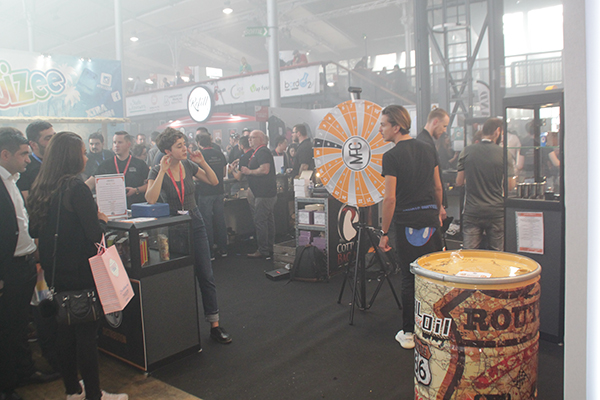 salon-vapexpo-paris-roue-mfc